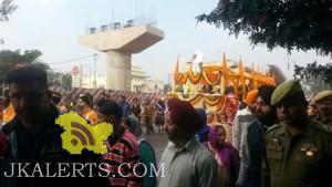 Nagar Kirtan taken out in Jammu ahead of Gurpurab celebrationsNagar Kirtan taken out in Jammu ahead of Gurpurab celebrations