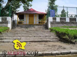 Prayag Mandik narayan Bagh Shadipora Srinagar, PRAYAG CHINAR, PRAYAAGICH BOONIE